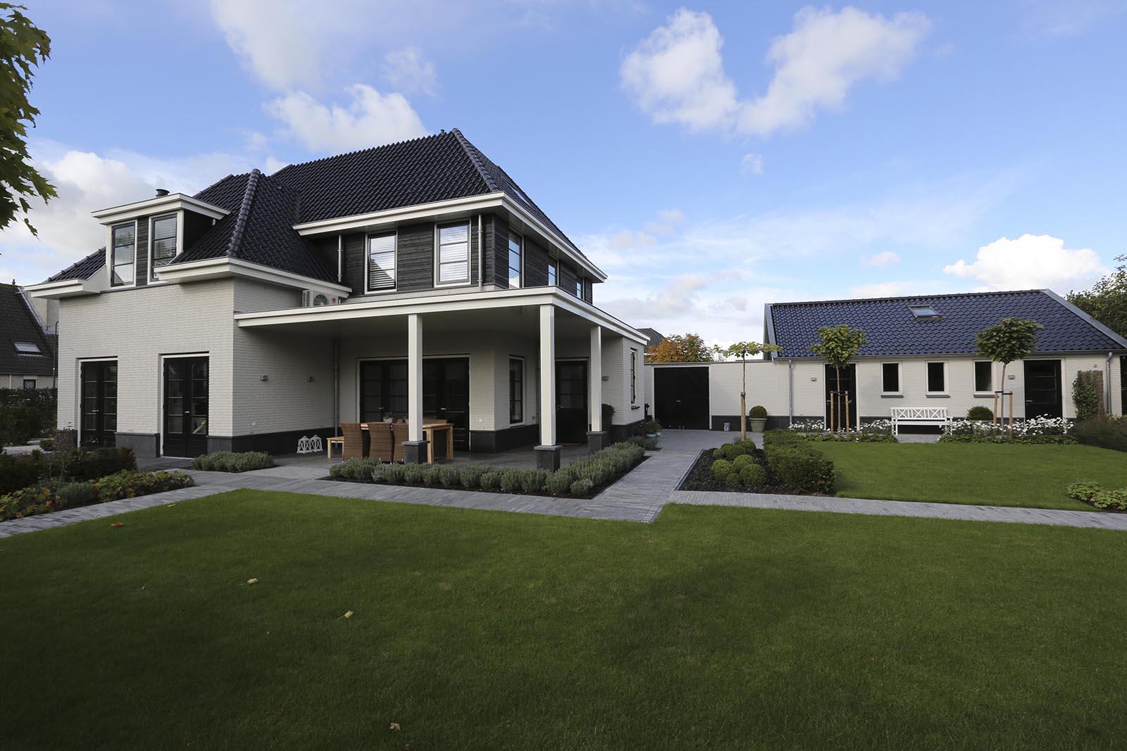 Vrijstaande woning Montfoort Goey, de woning tuin